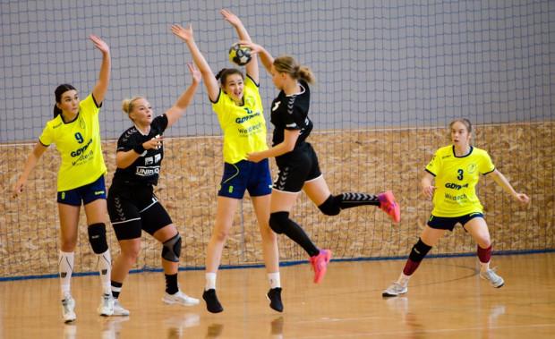 Piłkarki ręczne SPR Arki Gdynia czekają na pierwsze zwycięstwo w I lidze. Czy sięgną po nie w sobotę?