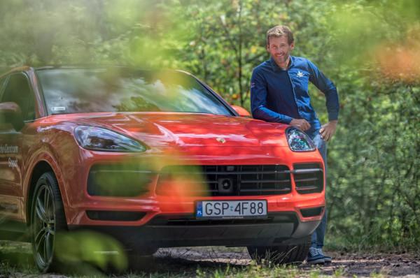 Mateusz Kusznierewicz był ambasadorem Range Rovera Velara, a następnie w 2019 roku Porsche Centrum Sopot.