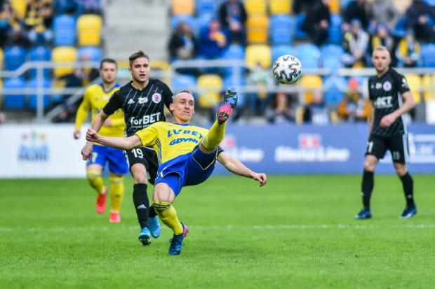 Adam Marciniak jest wychowankiem ŁKS Łódź i z tego powodu darzy ten klub szacunkiem, ale w sobotę zapowiada, że postara się udowodnić, że to Arka Gdynia jest najlepszą drużyną w I lidze.