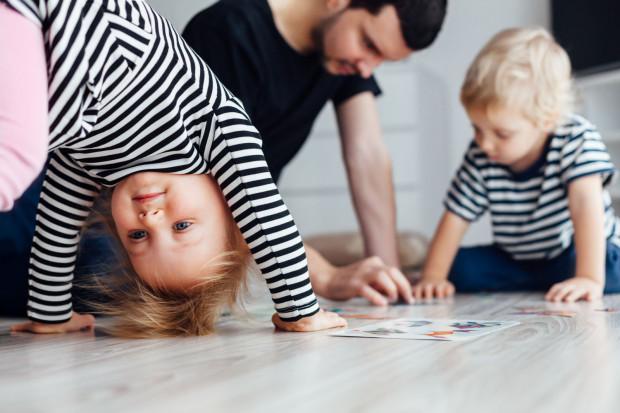 W domu dzieci się nie nudzą, wystarczy odpowiednio zaplanować ten czas.