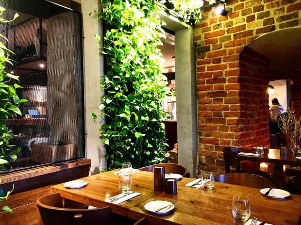 Smaczny lunch, miła atmosfera i estetyczny wystrój - czego więcej potrzeba do udanego spotkania biznesowego?