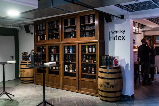 Wnętrze klubokawiarni Index w Gdańsku, 8.10.2020