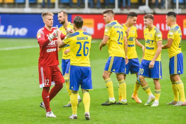 Piłkarze i trener Arki Gdynia po meczu z ŁKS Łódź są zgodni. Cieszy ich gra przeciwko liderowi I ligi, ale wynik pozostawia niedosyt.