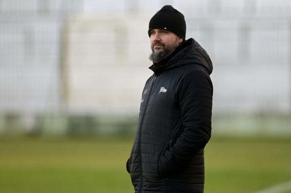 Lechia Gdańsk i Maciej Kalkowski nie porozumieli się odnośnie dalszej współpracy. Podczas meczu z Pogonią Szczecin klub planuje pożegnanie swojego wychowanka.