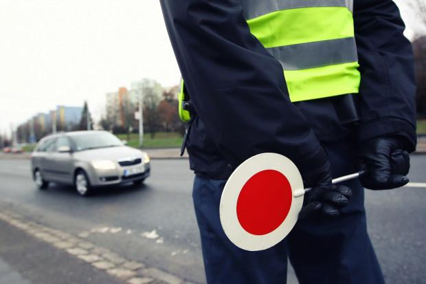 """Policjanci rozpoznali """"drogowego recydywistę"""". Zdjęcie poglądowe."""