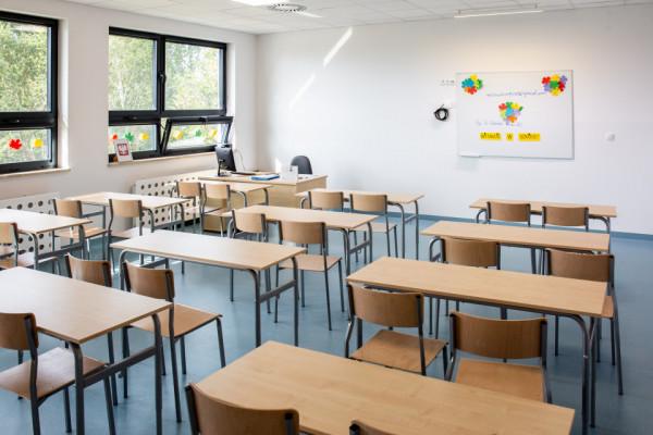 Sopockie szkoły podstawowe chcą nauczać hybrydowo klasy IV-VIII.