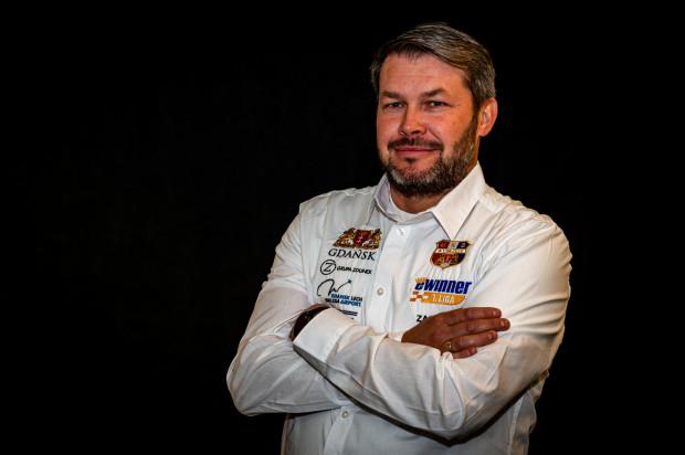 Eryk Jóźwiak został nowym menedżerem Zdunek Wybrzeże. 39-letni gdańszczanin od 1998 roku pracował jako mechanik m.in. u Marka Dery, Nickiego Pedersena czy Krystiana Pieszczka.
