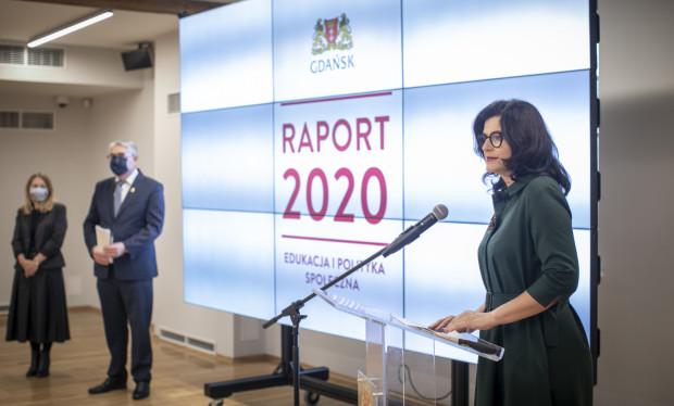Prezydent Gdańska rozpoczęła podsumowywanie pierwszych dwóch lat kadencji od spraw związanych z edukacją i polityką społeczną.