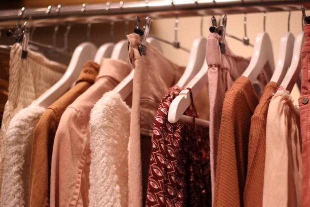 Wymarzona garderoba w rozsądnej cenie dzięki specjalnym promocjom i rabatom.