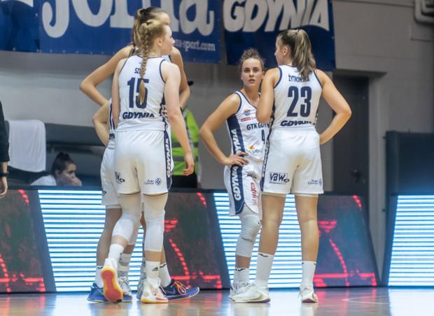 Koszykarki GTK Gdynia przegrały we Wrocławiu 57:79.
