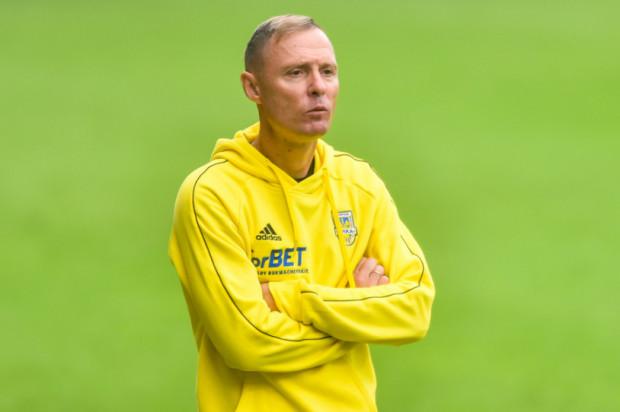 Trener Ireneusz Mamrot w przerwie meczu ze Stomilem uczulał piłkarzy Arki, że prowadzenie 1:0 przy grze w przewadze, wcale nie musi oznaczać zwycięstwa. Niestety, sprawdziło się.
