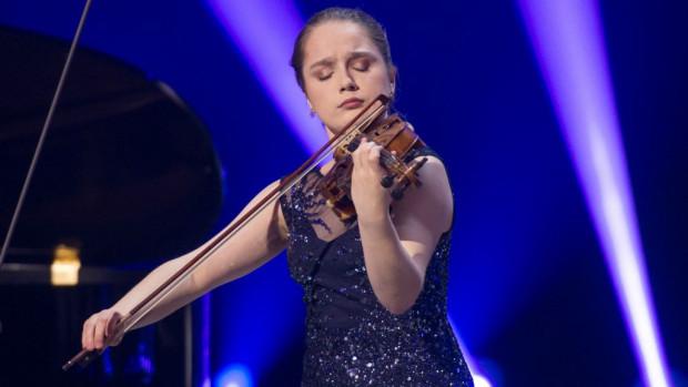 Hanna Pozorska, mimo młodego wieku, ma na swoim koncie wiele nagród i wyróżnień zdobytych na ogólnopolskich konkursach skrzypcowych. Brała także udział w warsztatach i koncertach za granicą m.in. w Moskwie, Bostonie i Valdres.