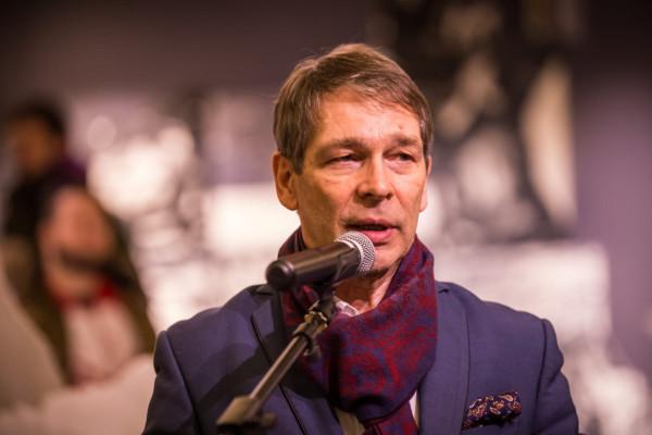 Kolejną kadencję na stanowisku rektora ASP sprawuje dr hab. Krzysztof Polkowski.