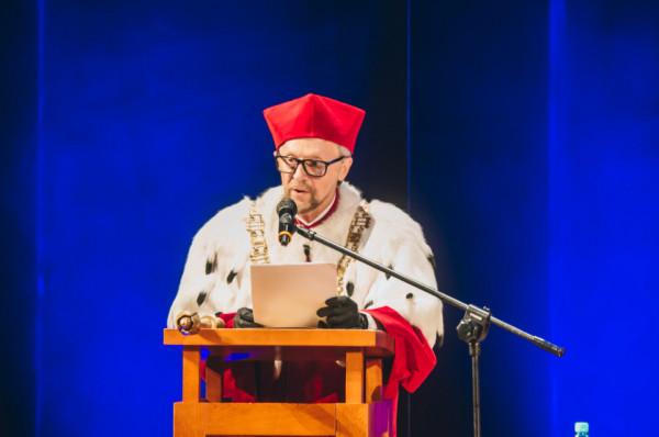 W tym roku na stanowisko rektora Akademii Muzycznej został wybrany po raz pierwszy prof. dr hab. Ryszard Minkiewicz.