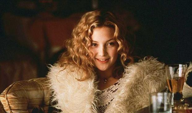 Kate Hudson miała pierwotnie zagrać rolę Anity Miller, ale ostatecznie obsadzono ją jako Penny Lane. Siostrę Wiliama Millera finalnie zagrała Zooey Deschanel.