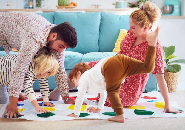 Pomysły na zabawę z dziećmi są na wagę złota.