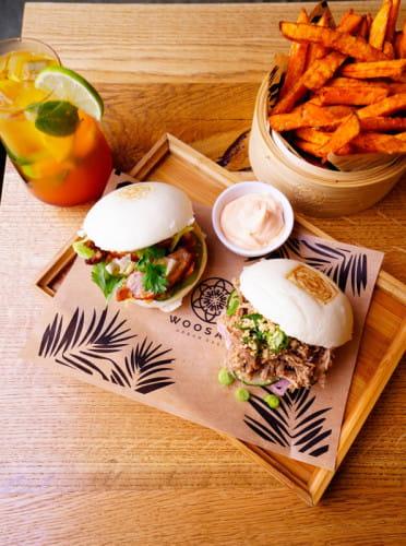 W Woosabi można zjeść przede wszystkim dania koreańskie i tajskie.