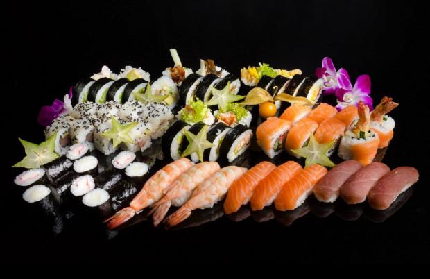 """Nazwa lokalu to połączenie dwóch słów - """"Mito"""" (miasto w Japonii na wyspie Honsiu) i """"Sushi""""."""