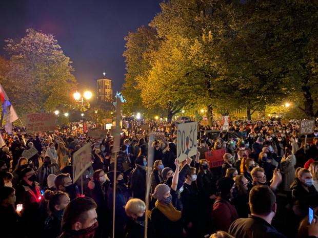 Piątkowy protest na Targu Drzewnym w Gdańsku