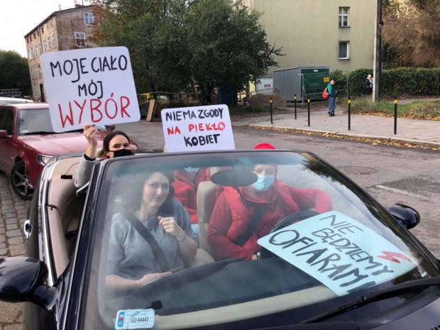 Sobotni protest w obronie Praw Kobiet w centrum Gdańska.