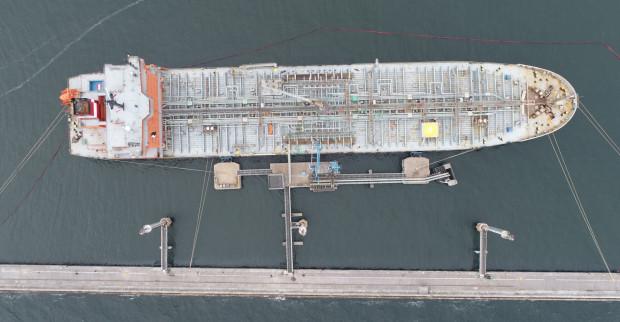 W Porcie Gdynia w 2019 roku przeładowano 1862,7 tys. ton paliw płynnych.