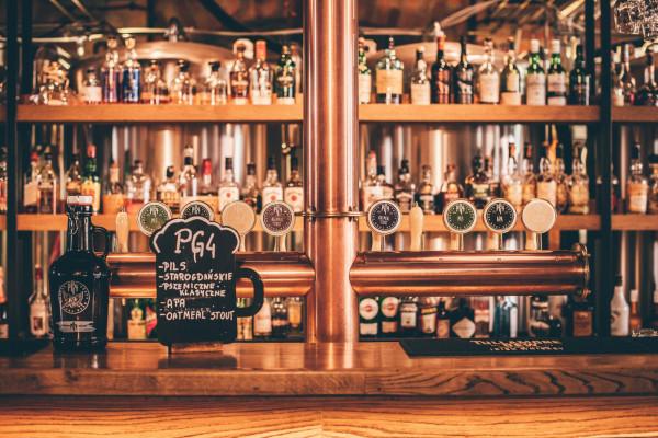 Browar PG4 słynie z wytwarzanych na miejscu piw. Teraz można kupić je na wynos.