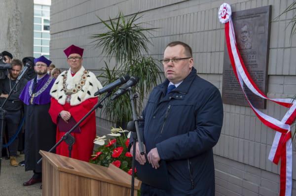 Prof. Jakub Stelina, były dziekan Wydziału Prawa i Administracji Uniwersytetu Gdańskiego, w listopadzie 2019 r. został wybrany przez Sejm na sędziego Trybunału Konstytucyjnego.