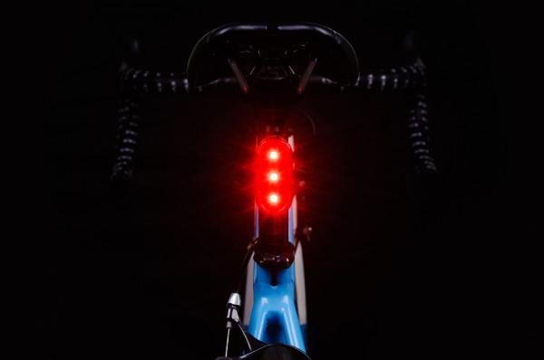 Oświetlenie roweru jest ważne szczególnie jesienią i zimą.