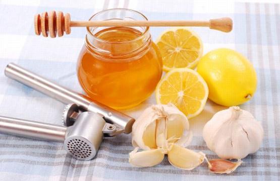 Jak mówią eksperci, suplementy diety nie zastąpią naturalnych źródeł witamin i minerałów.