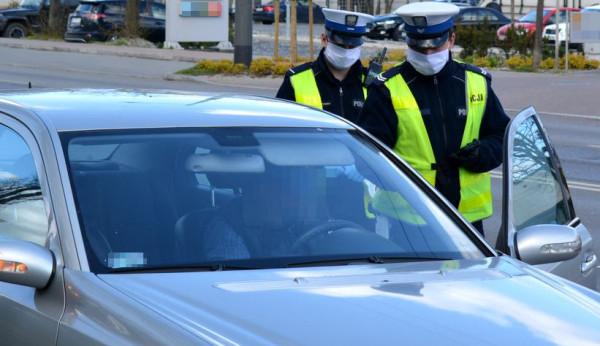 Jeden z zatrzymanych miał dożywotni zakaz prowadzenia pojazdów (zdjęcie ilustracyjne).