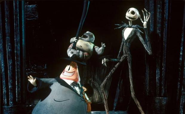 """""""Miasteczko Halloween"""" to jedna z wizytówek Tima Burtona, a zarazem nieszablonowe podejście nie tylko do tematu samego Halloween, ale również Bożego Narodzenia."""