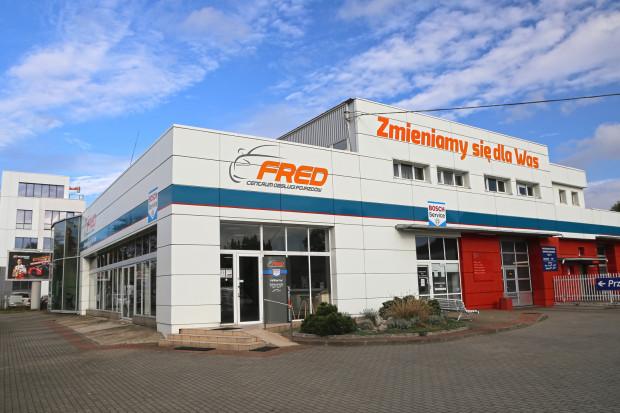 Centrum obsługi pojazdów Fred zamiast salonu i serwisu Citroena.
