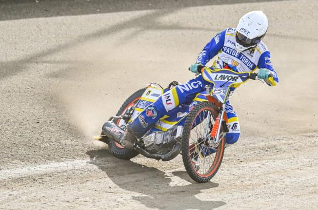 Wiktor Kułakow (na zdjęciu) ma być liderem Zdunek Wybrzeże Gdańsk w sezonie 2021. W poprzednich dwóch latach Rosjanin zajmował 1. i 2. miejsce pod względem średniej biegowej w eWinner 1. Lidze Żużlowej.