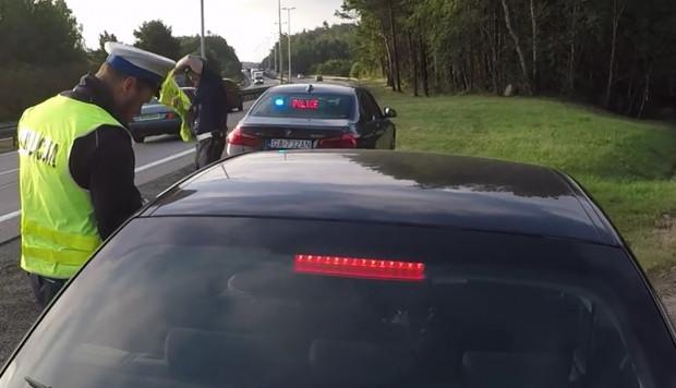 Część kontroli przeprowadzali policjanci ze specjalnej grupy Speed.