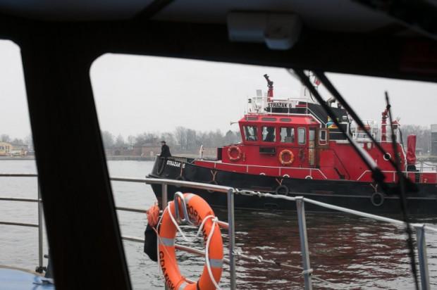 O co toczy się konflikt? Problemem jest flota i brak planu inwestycyjnego dla SOPG. Obecnie użytkowane statki pożarnicze przez SOPG to jednostki z lat 70.