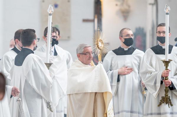Abp Sławoj Leszek Głódź stał na czele Archidiecezji Gdańskiej przez 12 lat. 13 sierpnia 2020 roku przeszedł na emeryturę.