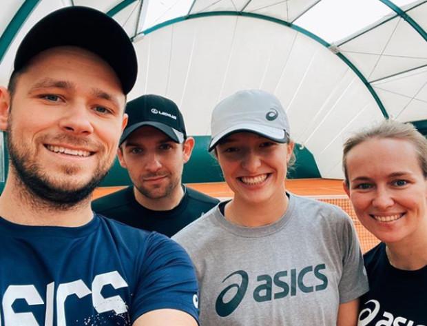 Piotr Sierzputowski (z lewej) przygodę z tenisem zaczynał na gdyńskim Chwarznie. W przyszłości w rodzinnym mieście planuje założyć tenisową bazę.