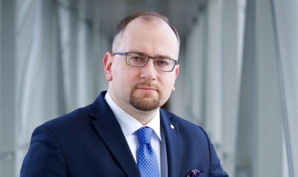 Paweł Majewski od lutego 2020 roku zajmuje stanowisko prezesa Grupy Lotos.