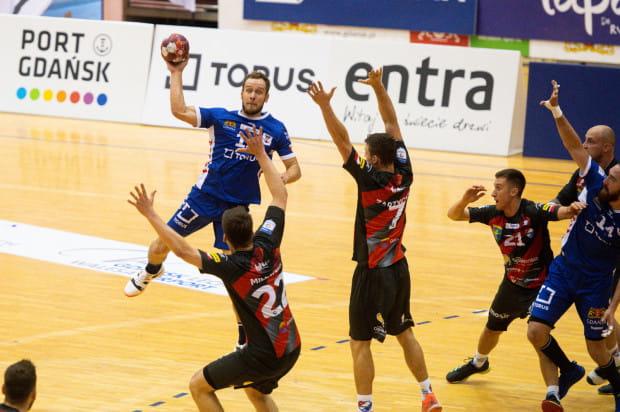 Mateusz Jachlewski (na zdjęciu) i jego koledzy szykowali się na środowy mecz z Azotami Puławy. Do Gdańska przyjedzie jednak inny rywal, Stal Mielec.