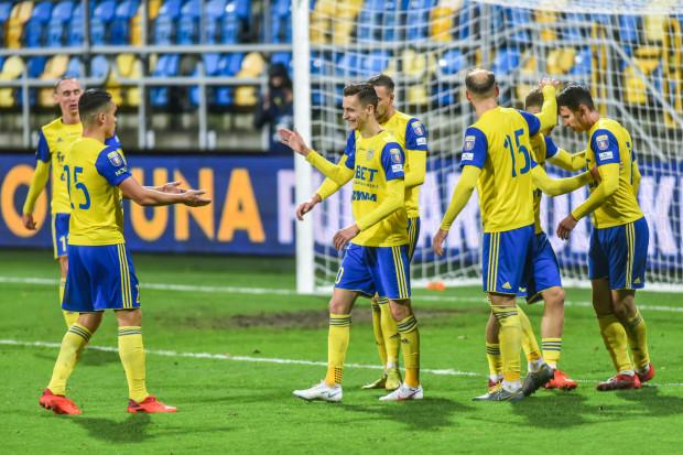 W wysoko wygrywanych meczach na wyjeździe Arka Gdynia zamienia na gole więcej niż 50 procent celnych strzałów.