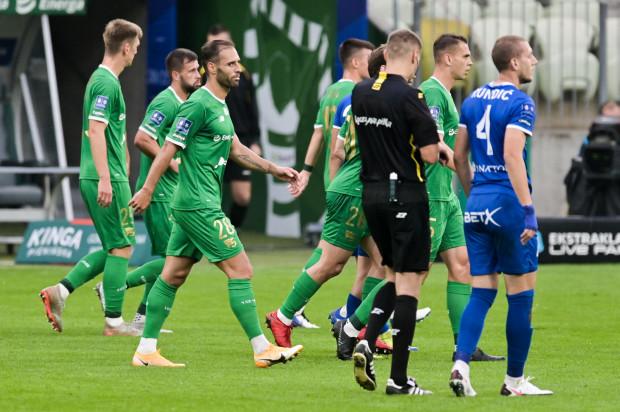 Piłkarze Lechii Gdańsk ostatni mecz rozegrali 28 października z Wisłą Kraków. Najbliższy czeka ich dopiero 17 listopada z Olimpią Grudziądz. W dobie pandemii, takie przerwy stają się coraz częstsze.