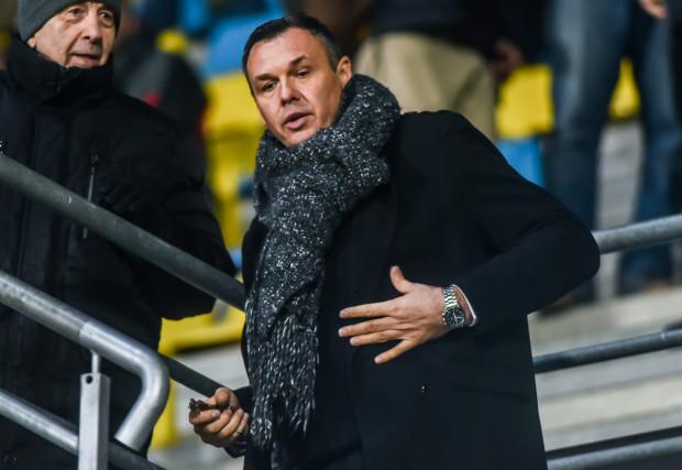 Prezes Bałtyku Gdynia Jacek Paszulewicz wyznał, że jego piłkarze są obserwowani przez kluby z ekstraklasy i I ligi. Tylko je stać obecnie na transfery gotówkowe.