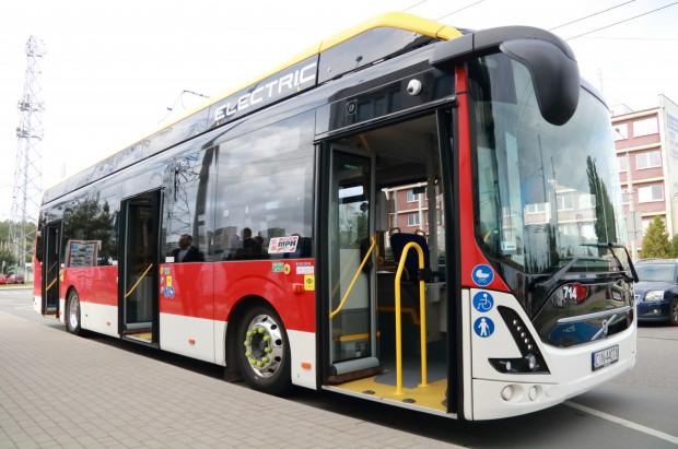 Elektryczny autobus Volvo testowany w Gdyni w ubiegłym roku.