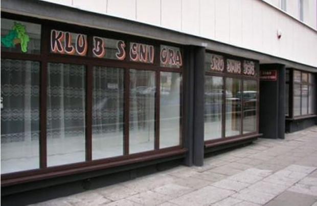Kluby seniora zostały zamknięte, co próbują wykorzystać oszuści.