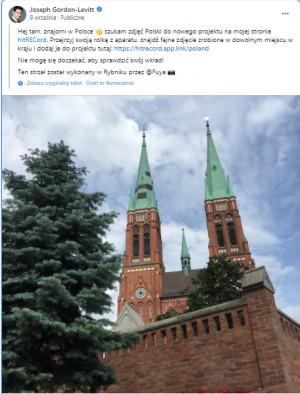 Wszystko zaczęło się od umieszczonego przez aktora na Facebooku zdjęcia z polskiego Rybnika, wraz z prośbą o przesyłanie zdjęć ze wszelkich zakątków Polski.
