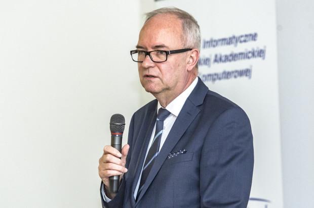 Kolejna, czteroletnia kadencja rektora rozpoczęła się 1 września 2020 roku. 28 września rektor złożył rezygnację.