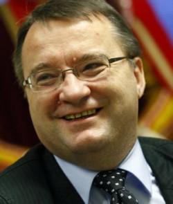 W okręgu gdyńskim zwyciężył były minister spraw wewnętrznych i administracji Marek Biernacki, który zdobył ok. 60 tys. głosów.