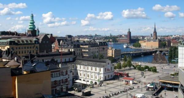 Sztokholm jest piękny, ale niełatwo będzie przekonać mieszkańców Trójmiasta do zwiedzania tego północnego miasta jesienią i zimą.