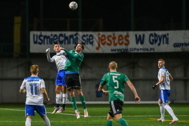 W pierwszej połowie lepszą postawę wykazali piłkarze KP Starogard Gdańsk, natomiast po przerwie to Bałtyk Gdynia przejął inicjatywę.