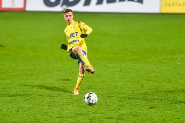 Juliusz Letniowski strzelił już sześć goli dla Arki Gdynia z rzutów karnych, a siódmego w tym sezonie po jedenastce dołożył Marcus.